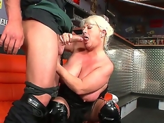 Arousing Dora,Martin Gun and Mia fucking up wild and crazy threesome porn session