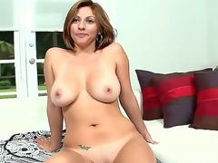 Hot milf Lisa is one seductive chick. She comes to the US on her vacation and stays here six months out of the year, then goes back to Colombia.