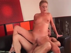 Short hair blonde grown-up drilled to tight cunt