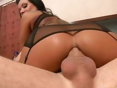 Beautiful MILF Sienna West enjoys booty fucking
