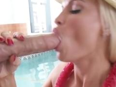 Busty hotot momma Diamond Foxxx stuffs her throat to stupendous dick