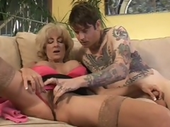 Aged Lexi Carrington gets finger screwed by inked up crony