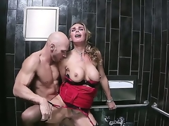 Gorgeous blonde MILF Tanya Tate likes having her delicious, shaved cunt smashed unchanging in a resuscitate bath