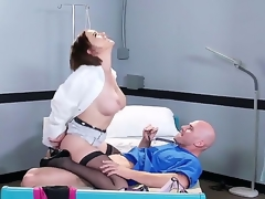 Horny fellow Johnny Sins oves feeling hottie Krissy Lynn abysm down her wet pussy
