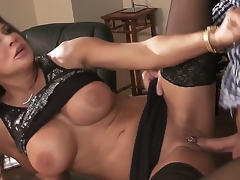 Roasting hunk Keiran Lee enjoys true sex be of one mind with crotchety milf Teri Weigel