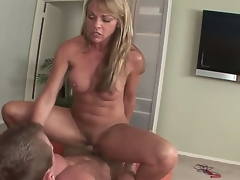 Mature blonde Shayla Laveaux enjoys sucking on a weighty cock previous to fucking evenly hard