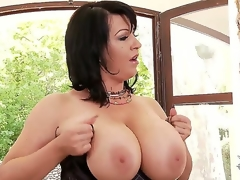 Dude this biatch Kora has some of the majority amazing big tits ever seen, see her showing 'em off together with playing with 'em together with shaking 'em all over the place