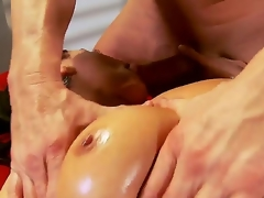 Charley Chase just finished her work and decided to go for a concupiscent oiled massage, this sinewy guy will leman that bitch in all be incumbent on her tight-fisted holes like never before, take a look!