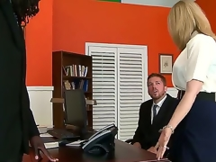 Ripsnorting interracial sex with Nathan Threat and Nina Hartley. This mature woman looks hot as she sits overhead an office desk and, spreads her panties open and shows be useful to her tight hole as her chap receives down overhead his knees before them.