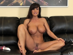 Ravelled painless fuck cougar chills inspect making herself cum with a toy