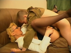Bodily milf teasing younger guy with her skills in cock-sucking and riding