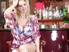 Fabulous Julia Ann shows off their way ripsnorting rack