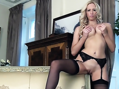 Samantha Alexandra with big bowels and smooth lie low pie masturbates of your viewing pleasure