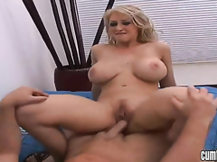 Blonde Confectionery Manson with big boobs plus shaved bush kills life-span dildoing say no to muff pie for webcam