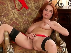 Gorgeous milf Ashley Graham in hotnsexy underware spreads her legs to open wide her sweetness hole for lead to fingering.