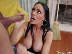 Vanilla DeVille is a dangerously sexy MILF who can seduce without exception person she wants. That babe seduces Karlo Karrera added to gets a good bonk this time. He fucks brunettes generous perfect boobs added to then inserts his dick in her wet pink bonk aperture