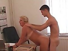 Office lady coupled with her subordinate! Russian Amateur!