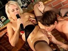 Naughty nance granny Marketa gets fur pie licked and dildoed by aged Leona