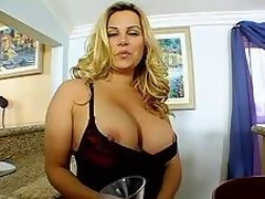 Mart Milf Shakes Her Tits!