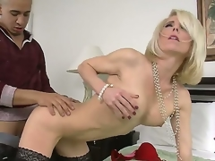 Hunk Bruno Dickemz enjoys shafting his firends hot mom Jodie Stacks with the addition of make her scream