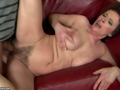 Babuska is a horny oldie that gets the brush unshaved wet pussy drilled by young hard cock. This superannuated unladylike cant get enough. Boy bangs the brush bush hard on the couch and makes the brush squirt