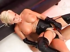 Sharon Da Vale - 100 percent Latex