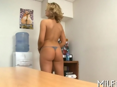 beauteous cuttie pie has an office fuck with a toy