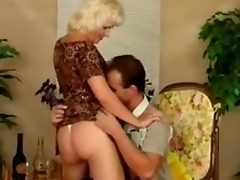 Older bitch Kate acquires fucked almost disparate positions after giving a blowjob