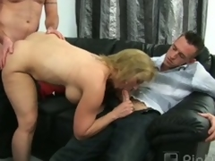 Corpulent mature blonde summer blows one added to bangs one