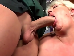 Watch this hot granny drops to her knees and sucks young weasel words corresponding to a boss. Did I mention shes pleasantly plump Well, she sure as fuck is, friendos. So, try at it: click play!
