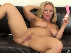 Austin Taylor licks her idle talk like a whore make sure of she orgasms